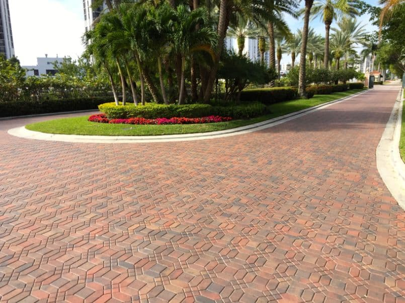driveway paving contractor highly rated in miami